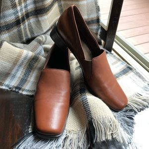 TROTTERS (8S/Narrow) Leather Loafers CLASSIC STYLE